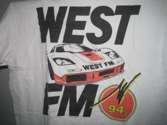 Le tee shirt West FM
